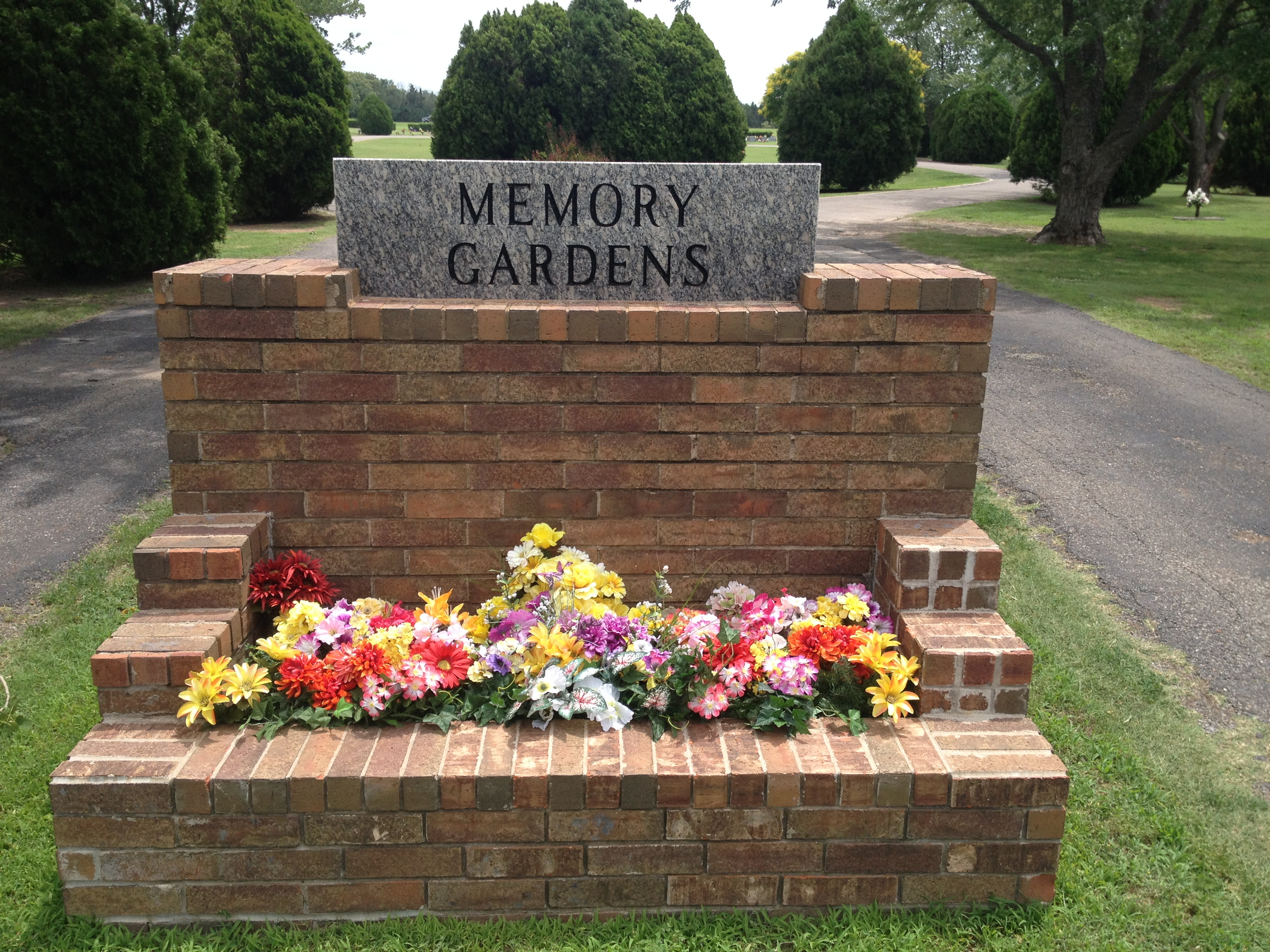 Lawn equipment stolen from cemetery | Guthrie News Page